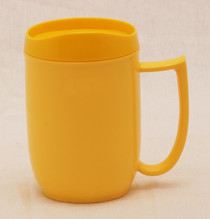 Dining Mug & Lid combined. Different colours available