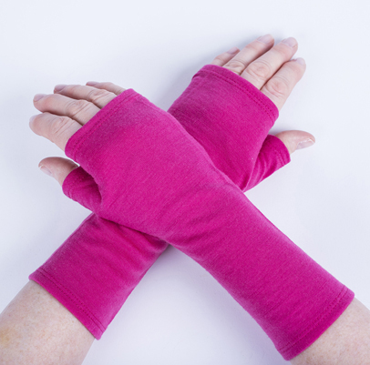 Merino Fingerless Mitts - Fuchsia